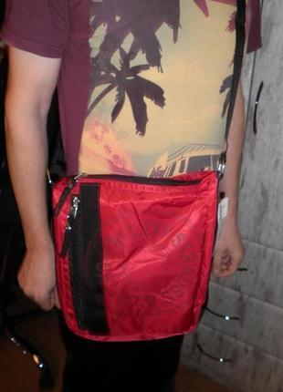Сумка мессенджер кроссбоди levi's crossbody messenger bag unisex нейлон средняя