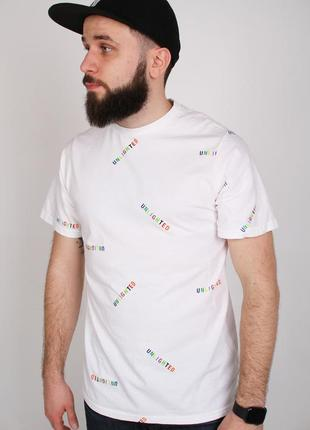 В наличии новая летняя футболка pull&bear оригинал, pull and bear свежая красивая