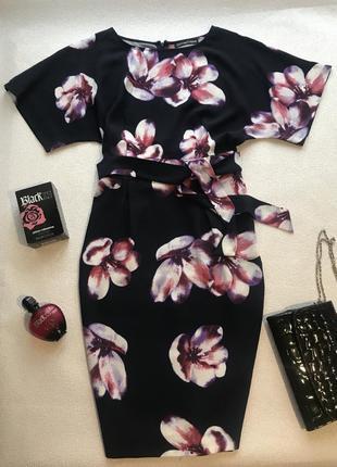 Красивое платье в крупные цветы 💐 💐💐