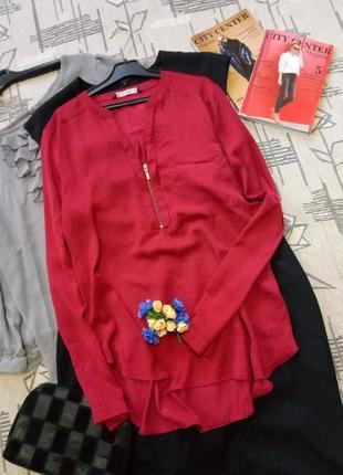 Элегантная эффектная блуза!размер 10-12