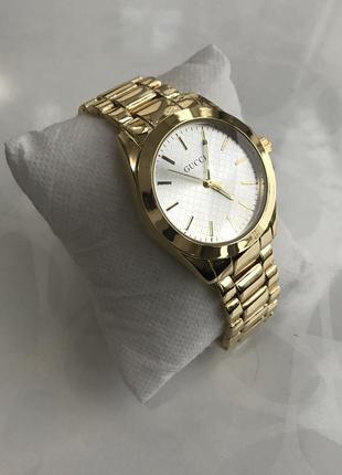 Женские наручные модные металлические часы золотистые2 фото