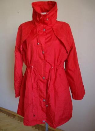 Красная парка,  ветровка, куртка, тонкий плащ тренч