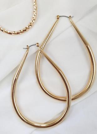 Золотистые овальные серьги-кольца liars & lovers asos сережки бижутерия