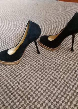 Красивые туфли tucino