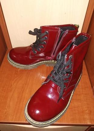Ботинки на девочку на весну кожа, разм.30 (18 см по стельке)