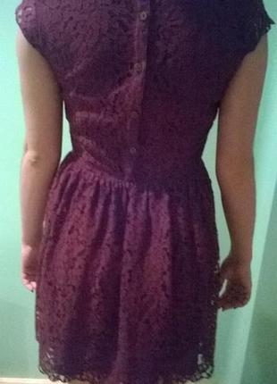H&m платья цвета марсала
