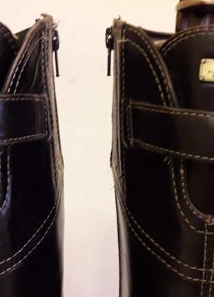 Кожаные сапоги  фирмы tommy holfiger p. 40-41  стелька 26,5 см6