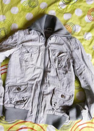 Куртка демисезонная, пилотка xs-m. клетка