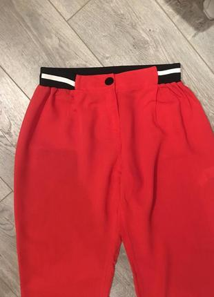 Коралловые штаны из вискозы