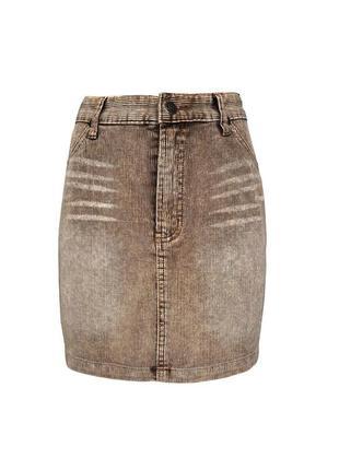 Стильная вельветовая юбка background