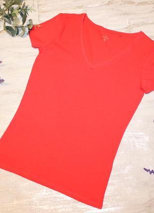 Качественная трикотажная футболочка c&a на размер s