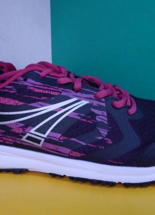 Женские темно-фиолетовые кроссовки