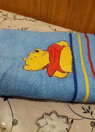 Махровое банное полотенце 120см  на 70см