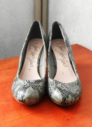 Стильные фирменные туфли marks & spencer, р.38 код k3812