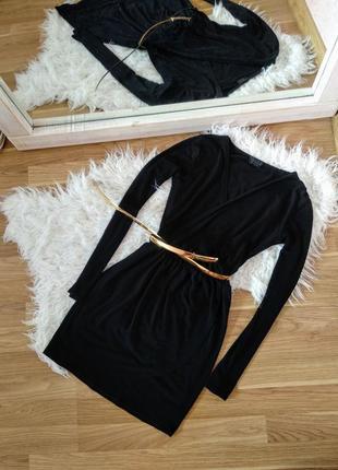 Шикарное черное платье с длинным рукавом и золотым поясом