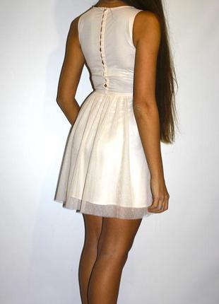 Персиковое платье zara ^ по спинку пуговки -- см доп фото, цвет другой