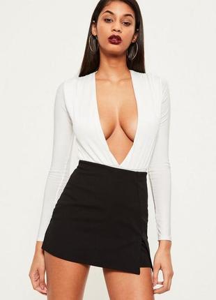 Короткая базовая юбка шорты missguided
