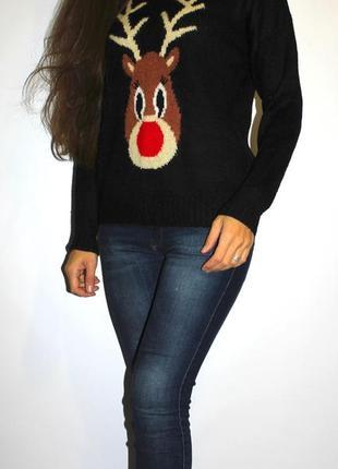 Черный свитер с оленем -- срочная продажа --