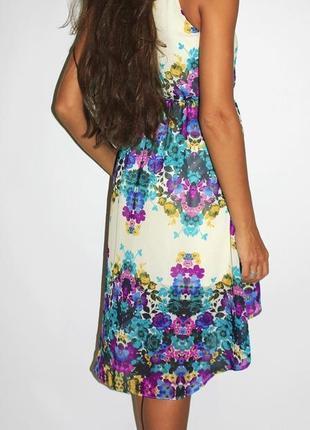 Красивое шифоновое платье в цвета
