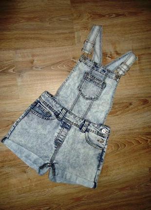 Шикарный джинсовый комбинезон c шортами. f&f. на 8-10 лет