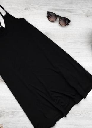 Базовое черное платье покроя трапеции на бретелях с переплётом boohoo