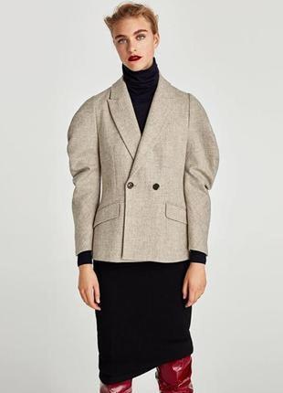 Шерстяной пиджак c фактурным рукавом zara