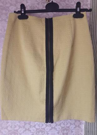 Стильная,молодежная юбка-карандаш на молнии .