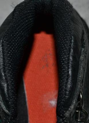 Фирменные ботинки2