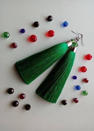 Шикарные зеленые серьги-кисти