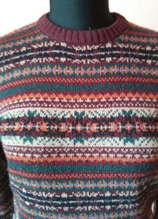 Мягкий оригинальный шерстяной свитерок раз.12(s-m)