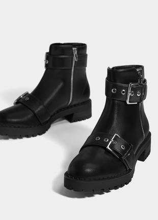 Базовые демисезонные ботинки bershka 2019