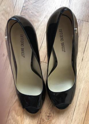 Красивые женские туфли antonio biaggi