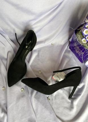 Туфельки з пряжкою від bershka🌿