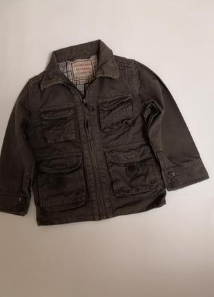 Лёгкая курточка-ветровка authentic на 4 года