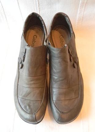Закрытые туфли кожаные gabor