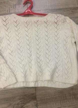 Вязанный свитер, короткий