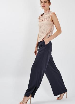 Стильная нюдовая блузка с оборками topshop бежевая кружевная блуза воротник-стойка