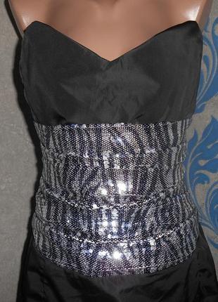 Платье с корсетом и пайетками