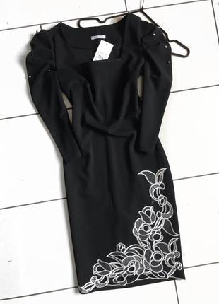 Чёрное вечернее облегающее миди платье с вышивкой, опт и розница