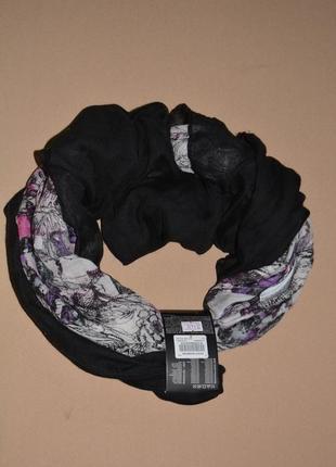 Красивый женский шарф takko fashion