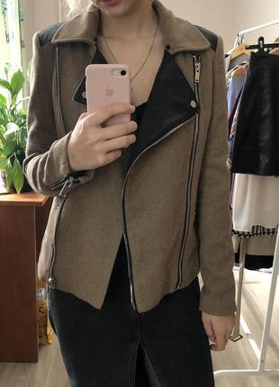Шерстяное пальто-жакет bershka