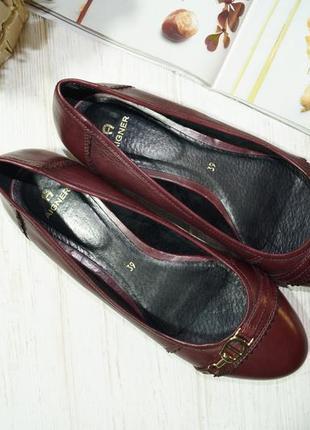 Aigner. кожа. комфортные базовые туфли на низком ходу5