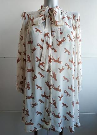 Стильная блуза  asos с завязками на горловине и принтом лошадки