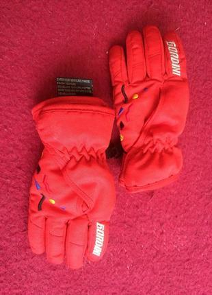 Перчатки зимние на 2-4 года