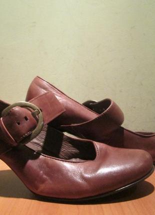 Туфли caprice р.5 1/2.ороигинал(легкое б/у)