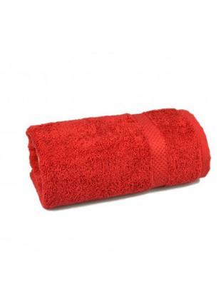 Махровое полотенце красное