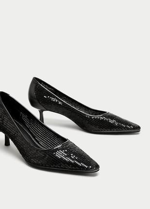 Туфли,черные лодочки блестящие zara