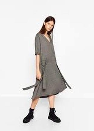 Оригинальное трикотажное платье размер 12-14