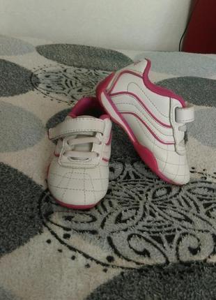 Кожаные кроссовки lonsdale 13,5 см.