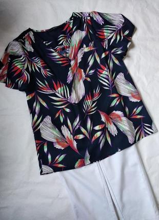 Блузка з рукавами крылышками